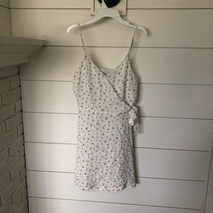 White floral dress from hollister